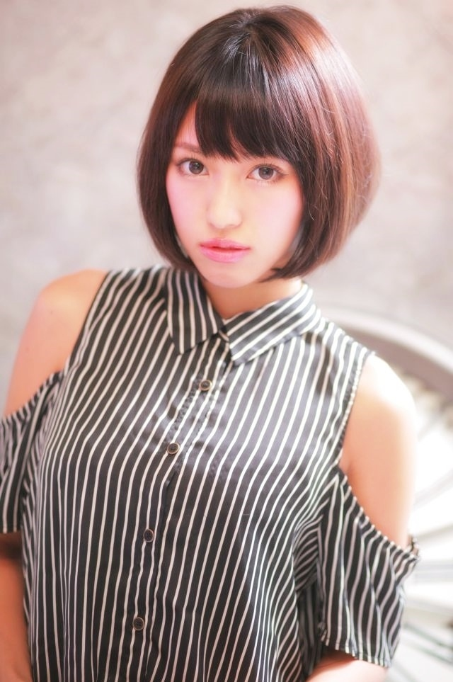 新宿の縮毛矯正ストレートパーマがうまい美容室
