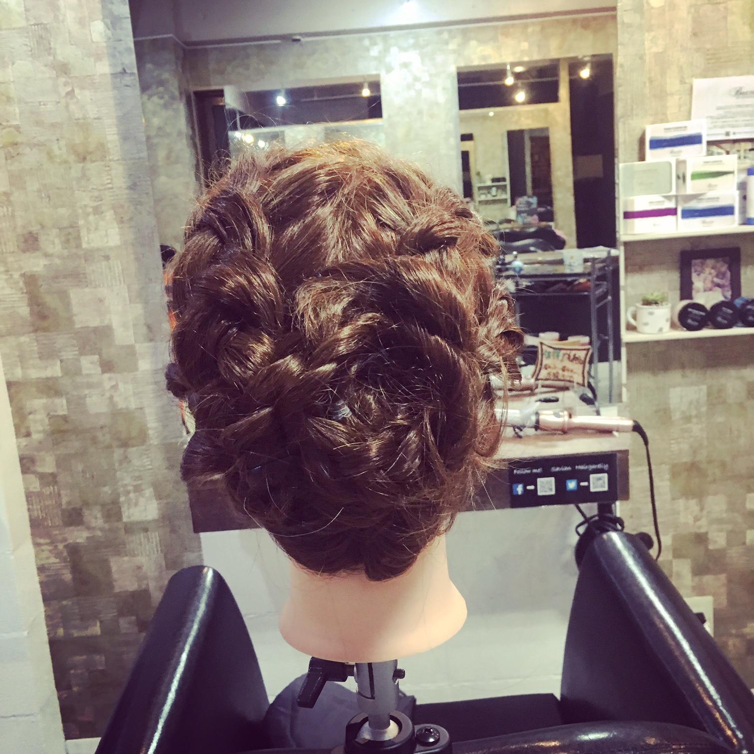 新宿歌舞伎町美容室セイヴィアン 女性美容師 なるみ