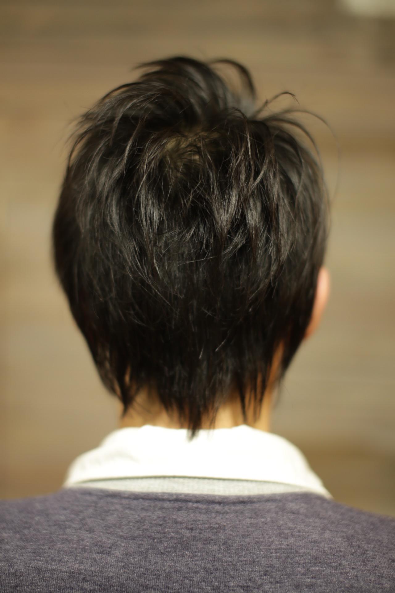 新宿 歌舞伎町の美容室savianのロックでスパイキーなショートヘア メンズカット ツーブロック